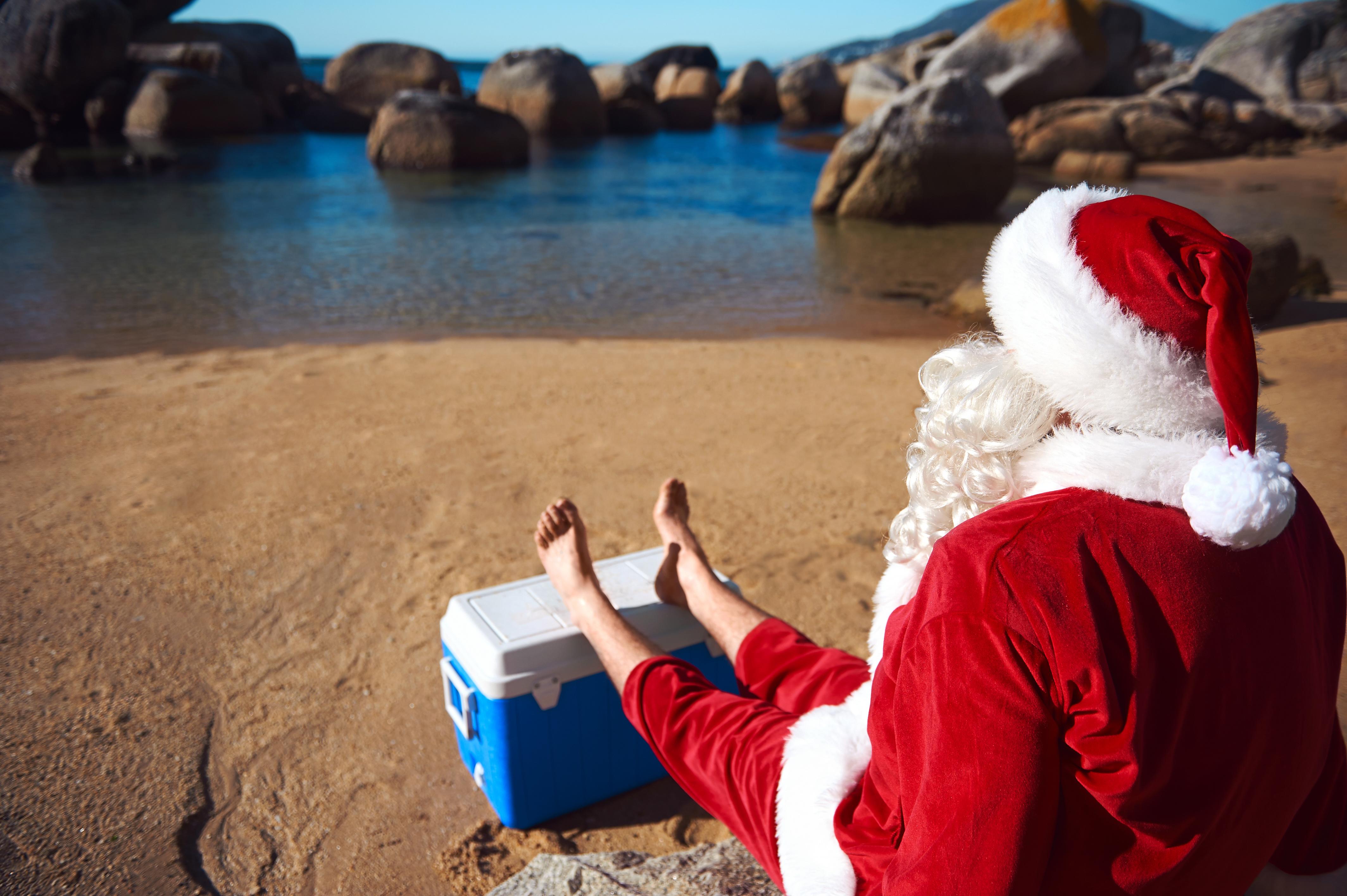 Santa Chilling